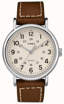 Timex Herren weekender braunes Lederband weißes Zifferblatt TW2R42400