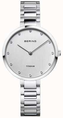 Bering Kristallgehäuse und Armband aus Titan 11334-770