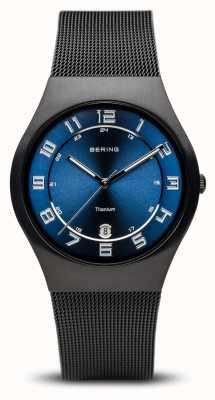 Bering Titan | gebürstetes schwarzes blaues Zifferblatt 11937-227